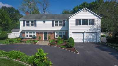 Stony Brook Single Family Home For Sale: 19 Madeley Ln