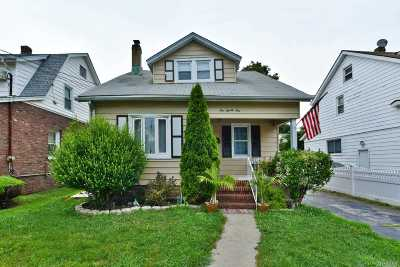 New Hyde Park Single Family Home For Sale: 521 7th Ave