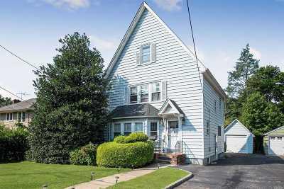 Hempstead Single Family Home For Sale: 77 N Saint Pauls Rd