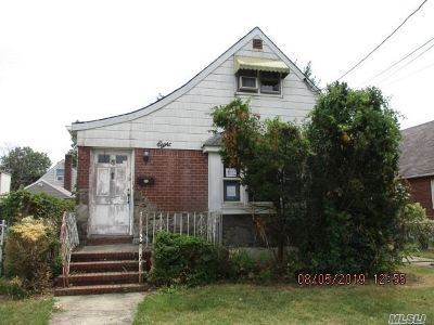 Valley Stream Single Family Home For Sale: 8 Georgia St