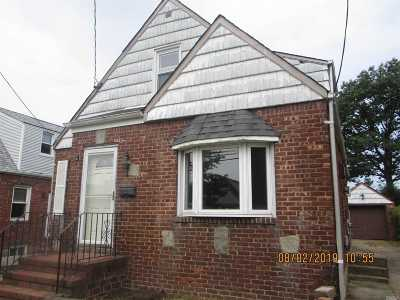 Valley Stream Single Family Home For Sale: 23 William St