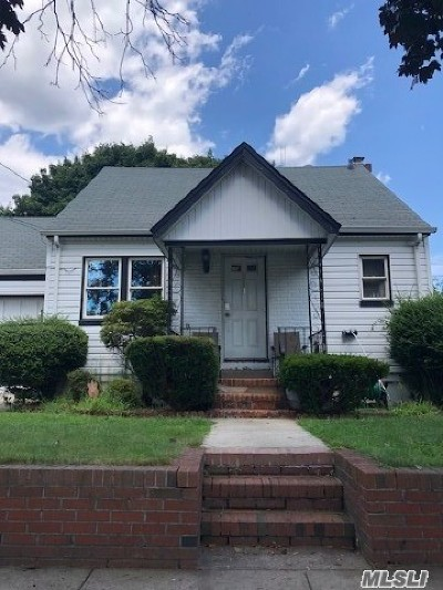 New Hyde Park Single Family Home For Sale: 511 6th Ave
