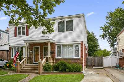Flushing Single Family Home For Sale: 50-09 Francis Lewis Blvd