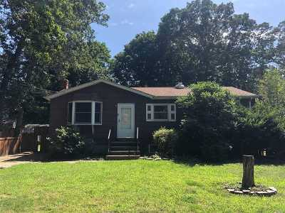 Rocky Point Single Family Home For Sale: 154 Prince Rd