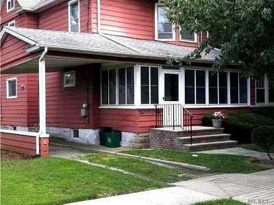 Lynbrook Single Family Home For Sale: 296 Denton Ave