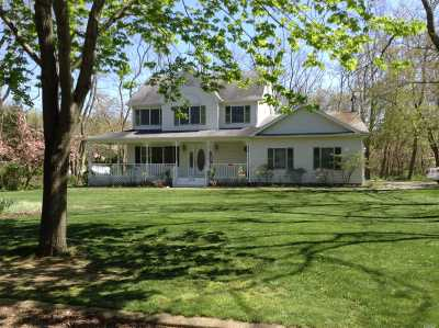Greenport Single Family Home For Sale: 285 Willow Dr