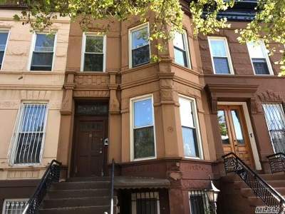 Brooklyn Multi Family Home For Sale: 652 Macon St