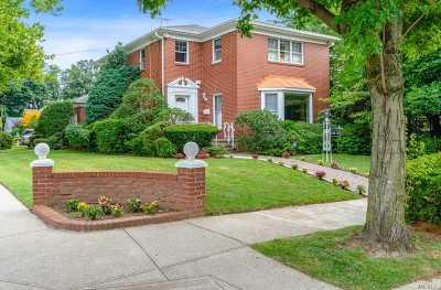 Douglaston Single Family Home For Sale: 240-18 53rd Ave