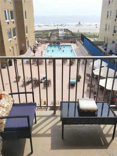 Long Beach NY Condo/Townhouse For Sale: $524,999