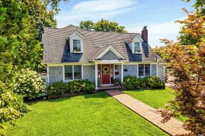 Northport Single Family Home For Sale: 36 Earl Ave