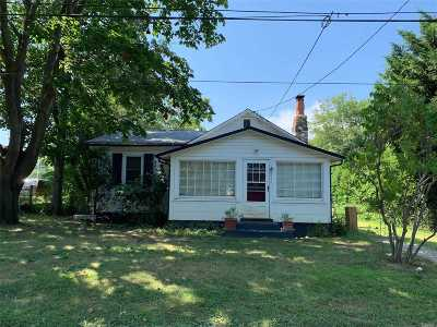 Southampton Single Family Home For Sale: 179 Shore Rd