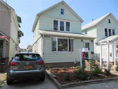 Fresh Meadows Single Family Home For Sale: 59-40 162nd St