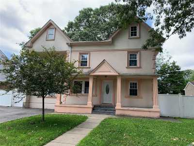 East Meadow Single Family Home For Sale: 2274 2nd St