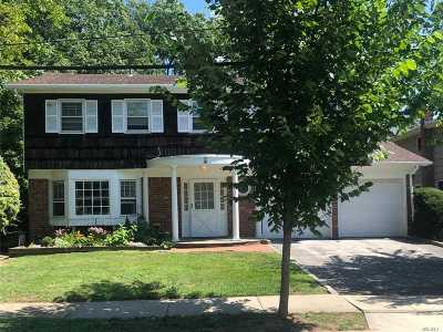 Woodmere Single Family Home For Sale: 8 Pine St