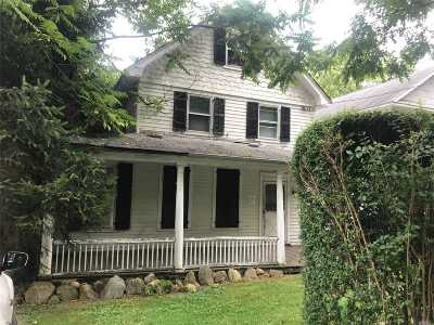 Oyster Bay Single Family Home For Sale: 24 Lake Ave