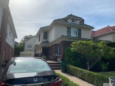 Brooklyn Single Family Home For Sale: 3168 Bedford Ave