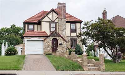 Whitestone Single Family Home For Sale: 146-15 14 Ave