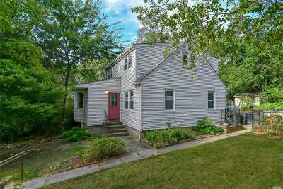 Nesconset Single Family Home For Sale: 495 Browns Rd