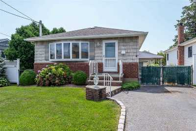 N. Massapequa Single Family Home For Sale: 456 N Atlanta Ave