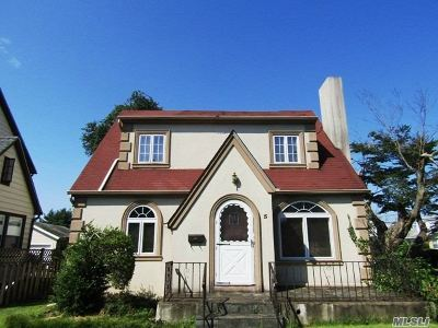 Roslyn Single Family Home For Sale: 5 Garfield Pl