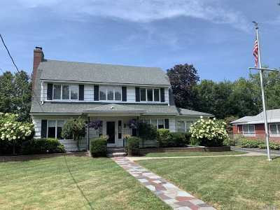 Northport Single Family Home For Sale: 14 Grand Ave