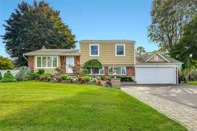 Greenlawn Single Family Home For Sale: 8 Kipling Dr
