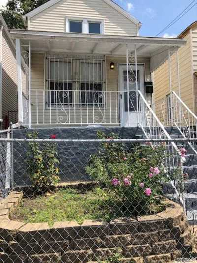 Queens Village, Briarwood, Bayside, Hillcrest, Jamaica Single Family Home For Sale: 128-25 148th St