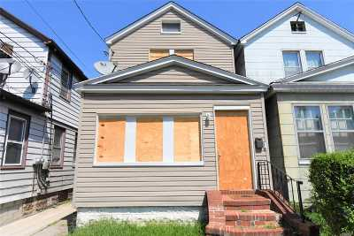 Queens Village, Briarwood, Bayside, Hillcrest, Jamaica Single Family Home For Sale: 116-21 148th St