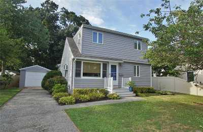 West Islip Single Family Home For Sale: 9 3rd St