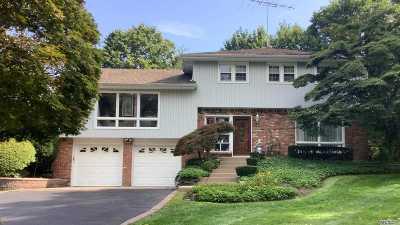 Centerport Single Family Home For Sale: 66 Washington Dr