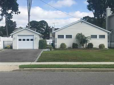Seaford Single Family Home For Sale: 3865 Franklin Ave