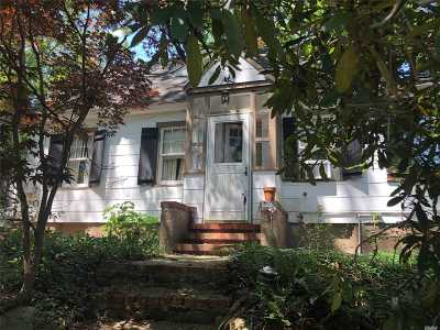 E. Northport Single Family Home For Sale: 63 Upland Dr