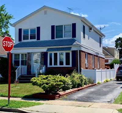 Valley Stream Single Family Home For Sale: 47 Gates Ave