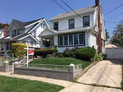 Single Family Home For Sale: 110-35 196 St
