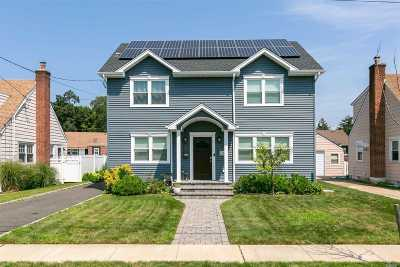 N. Bellmore Single Family Home For Sale: 237 Stephen St