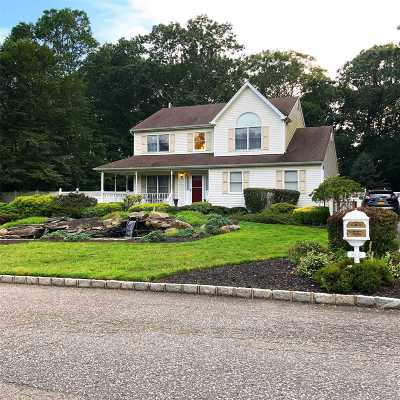 Baiting Hollow Single Family Home For Sale: 65 N Woods Rd