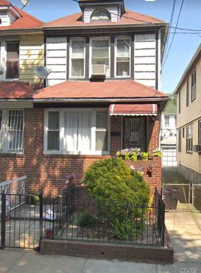 Brooklyn Single Family Home For Sale: 825 E 45th St