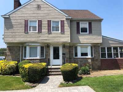 Woodmere Single Family Home For Sale: 970 W Broadway