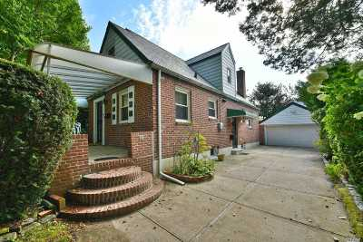 Fresh Meadows Single Family Home For Sale: 77-14 171 St
