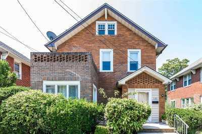 Far Rockaway Single Family Home For Sale: 11-33 Harris Ave