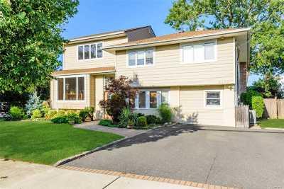 Oceanside Single Family Home For Sale: 3375 Fairway Rd