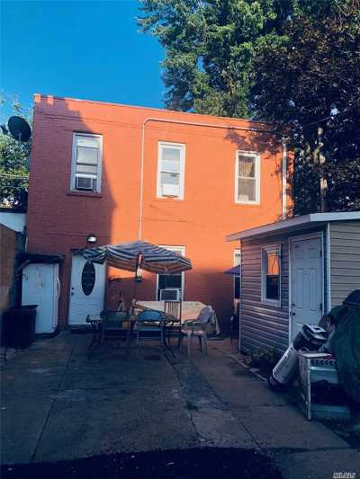 Brooklyn Single Family Home For Sale: 134 Elton St