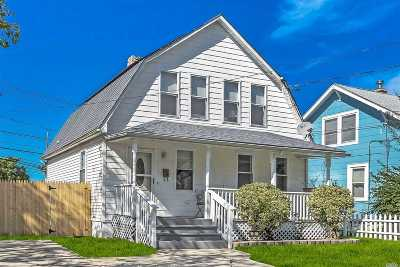 West Islip Single Family Home For Sale: 15 Hawley Ave