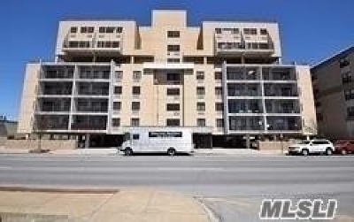 Lido Beach, Long Beach Condo/Townhouse For Sale: 235 W Park Ave #609