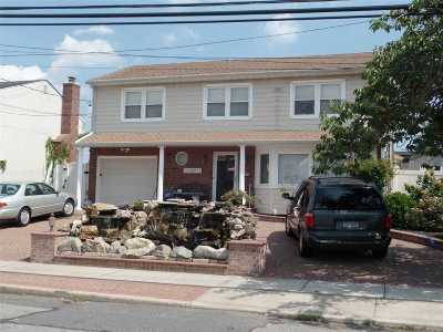Bellmore Single Family Home For Sale: 2747 Lee Pl