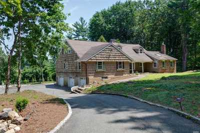 Muttontown Single Family Home For Sale: 85 Circle Rd