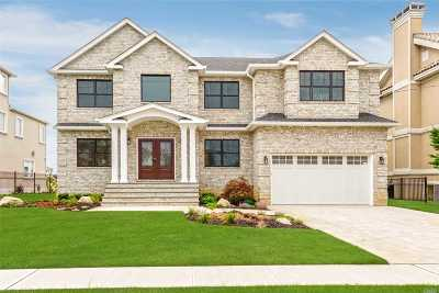 Merrick NY Single Family Home For Sale: $1,699,000