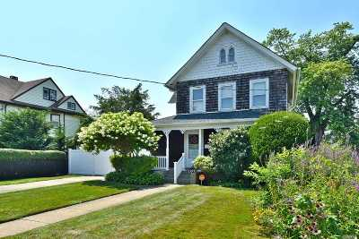Freeport Single Family Home For Sale: 107 N Ocean Ave
