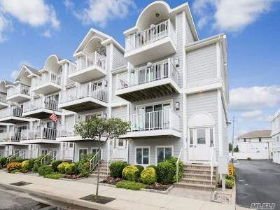 Lido Beach, Long Beach Condo/Townhouse For Sale: 273 E Broadway