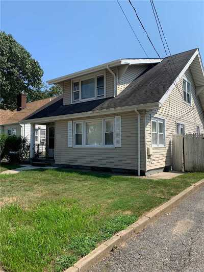 Freeport Multi Family Home For Sale: 56 Harris Ave